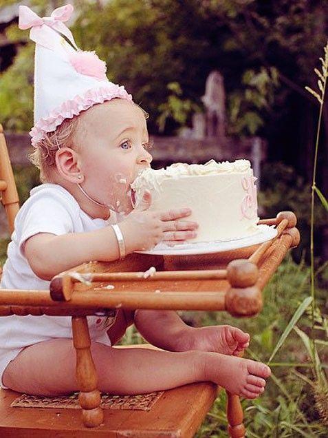 Smash the Cake é a nova brincadeira das mamães. Conheça a novidade.